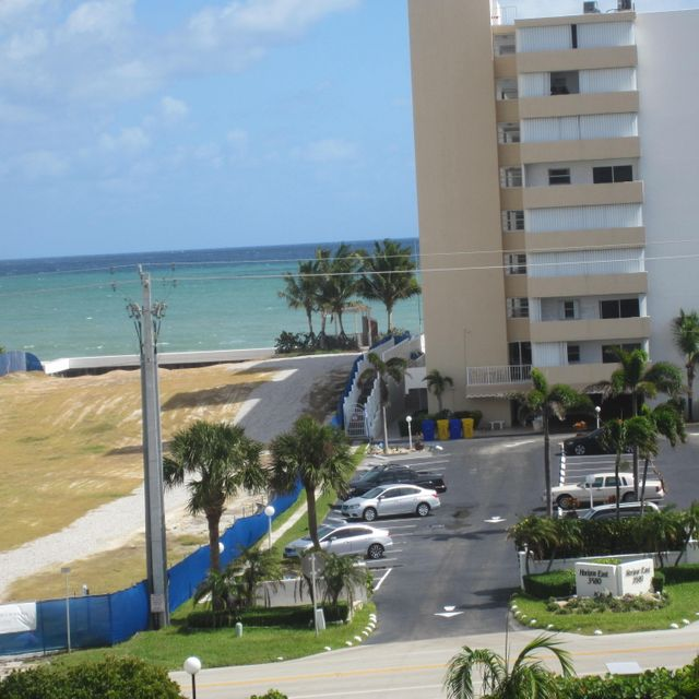 Home for sale in Horizon West Condo South Palm Beach Florida