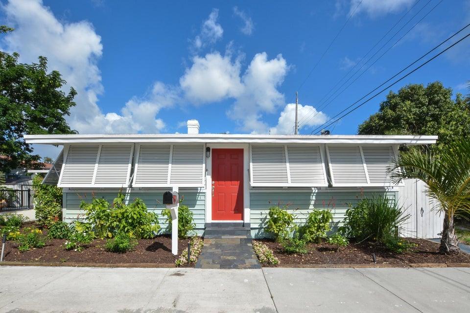 214 2nd Avenue N, Lake Worth, FL 33460