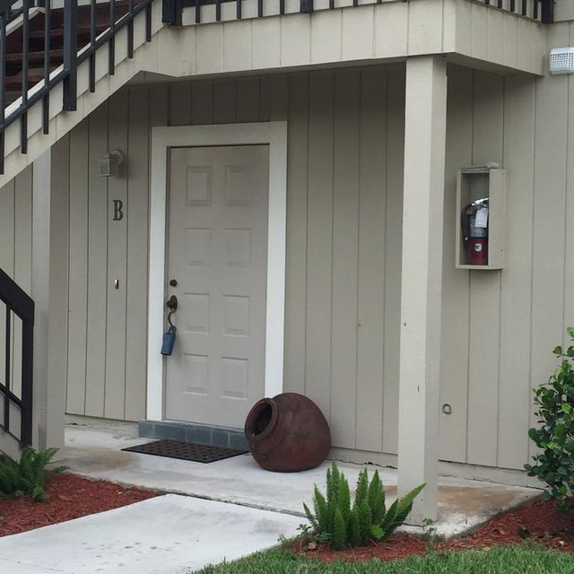 9269 SE Riverfront Terrace Seminole B, Tequesta, FL 33469