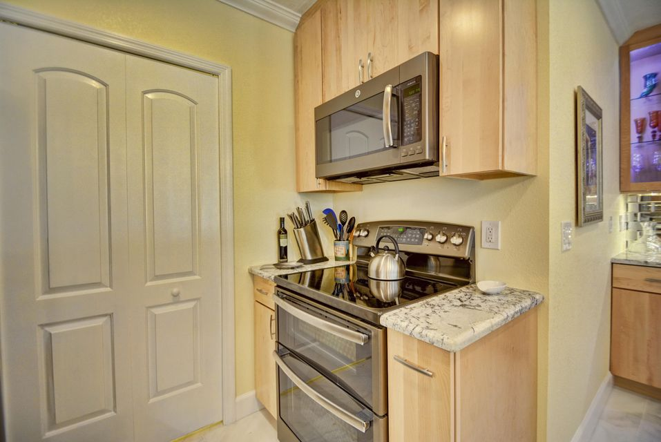 Additional photo for property listing at 19265 Sabal Lake Drive 19265 Sabal Lake Drive Boca Raton, Florida 33434 Vereinigte Staaten