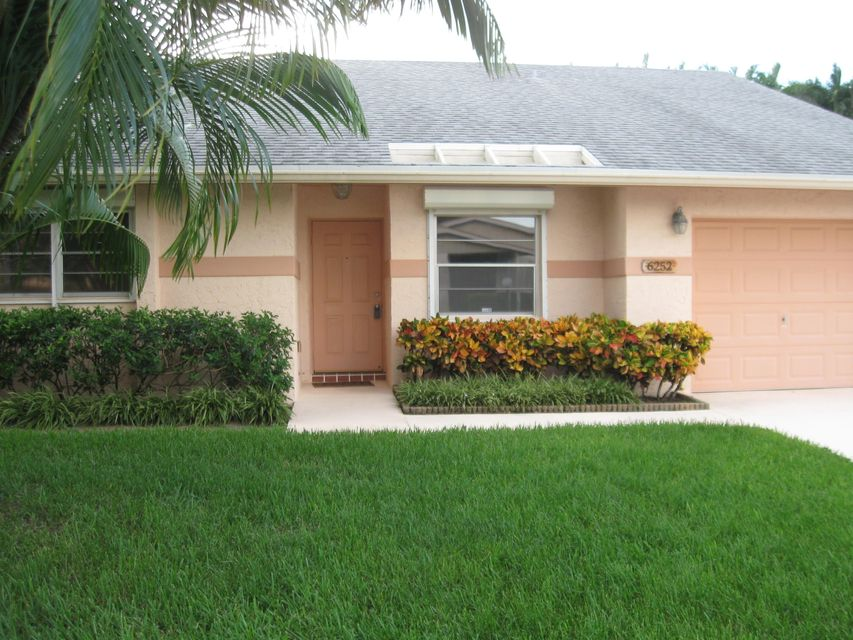 6252 Stanley Lane , Delray Beach FL 33484 is listed for sale as MLS Listing RX-10276079 30 photos