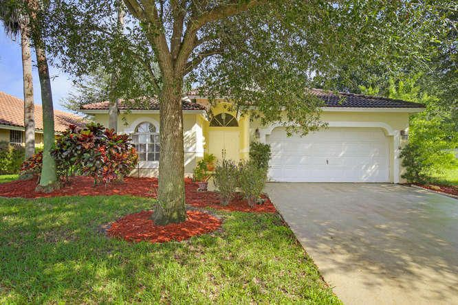 Additional photo for property listing at 1665 SW 16th Street  Boca Raton, Florida 33486 United States