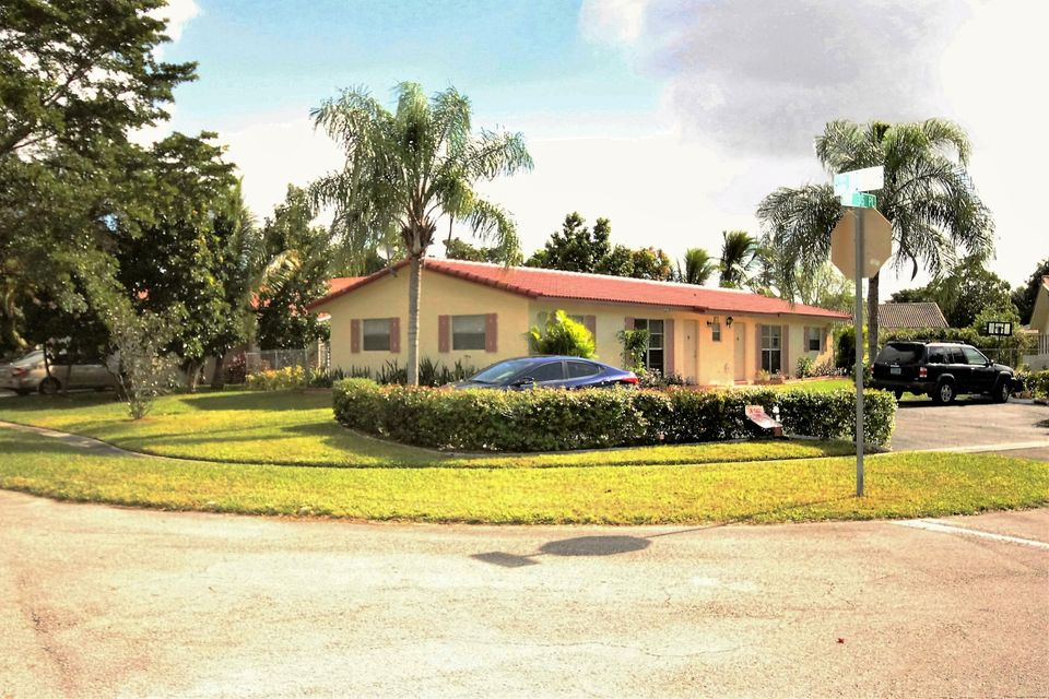 Home for sale in WINDINGS Coral Springs Florida