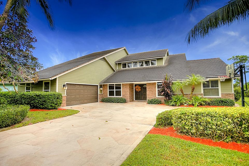 18751 SE River Ridge Road, Tequesta, FL 33469