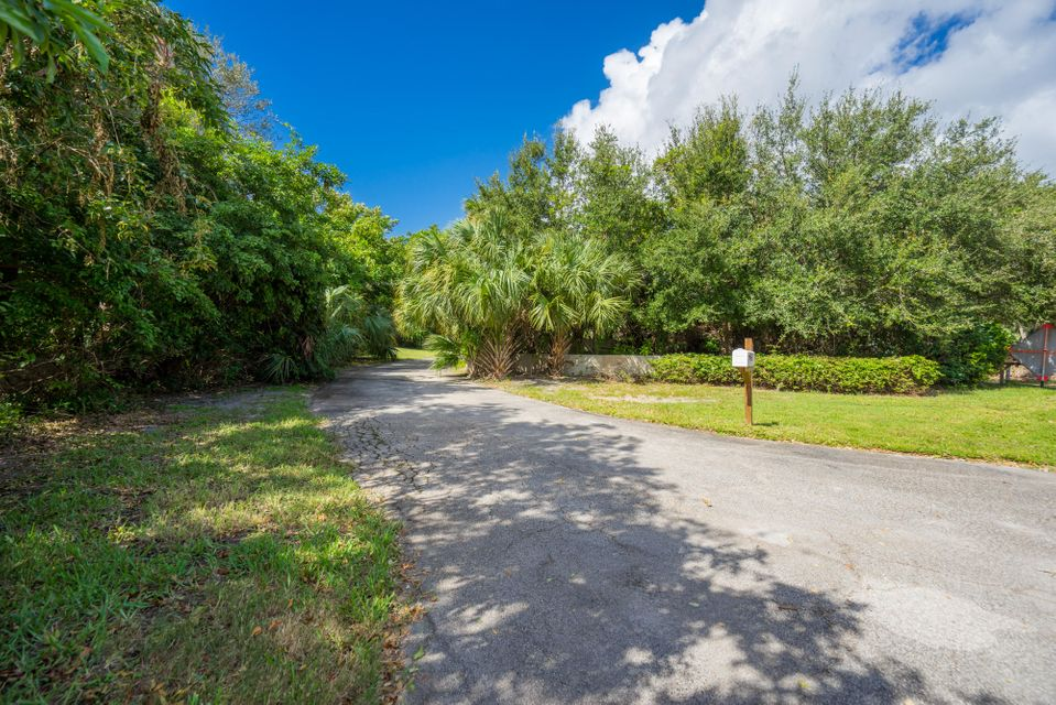 Additional photo for property listing at 103 N Sewalls Point Road 103 N Sewalls Point Road Sewalls Point, Florida 34996 Estados Unidos