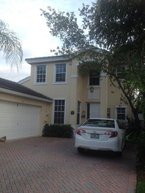 8281 Hampton Wood Drive, Boca Raton, FL 33433