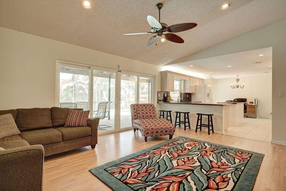17414 Spring Tree Lane, Boca Raton, FL 33487