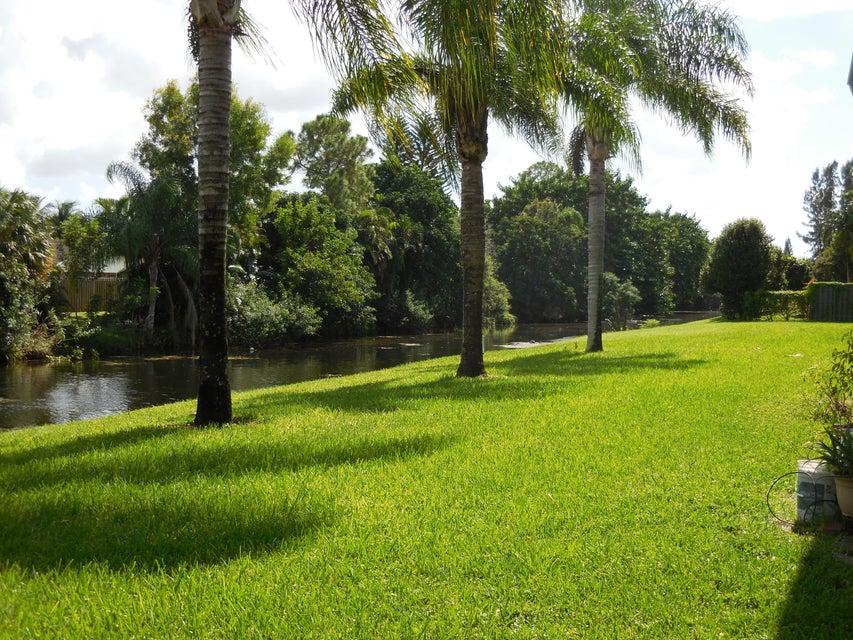 126 Sparrow Royal Palm Beach Fl 33411 Mls Rx 10276734