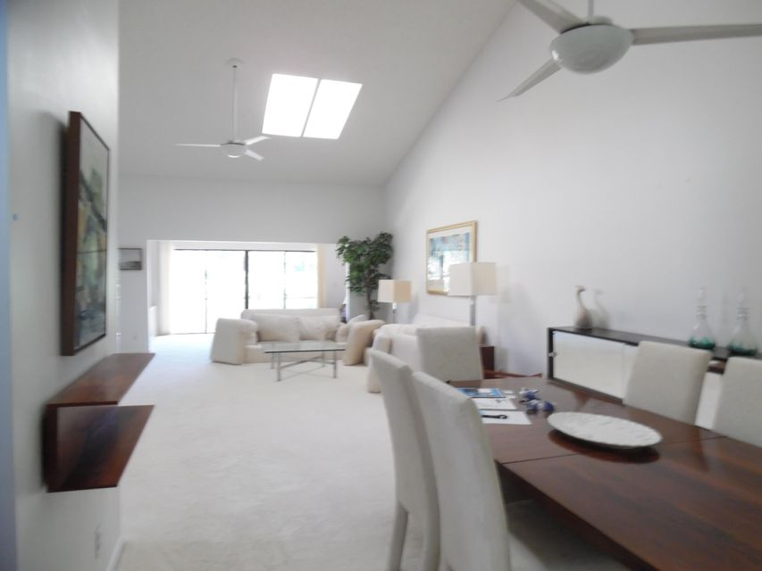Additional photo for property listing at 7460 Glendevon Lane 7460 Glendevon Lane Delray Beach, Florida 33446 United States