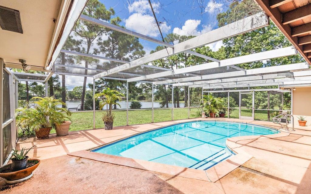 4529 Square Lake Drive Palm Beach Gardens Fl 33418 Mls Rx 10276924 579 900 Square Lake