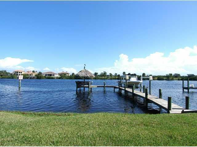 Single Family Home for Sale at 2641 SE North Lookout Boulevard 2641 SE North Lookout Boulevard Port St. Lucie, Florida 34983 United States