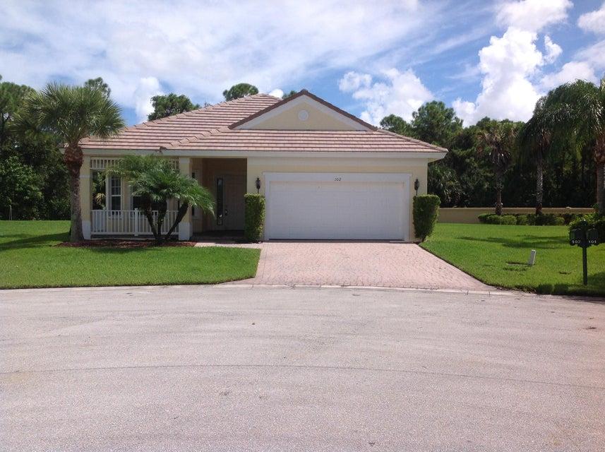 102 NW Pleasant Grove Way, Port Saint Lucie, FL 34986