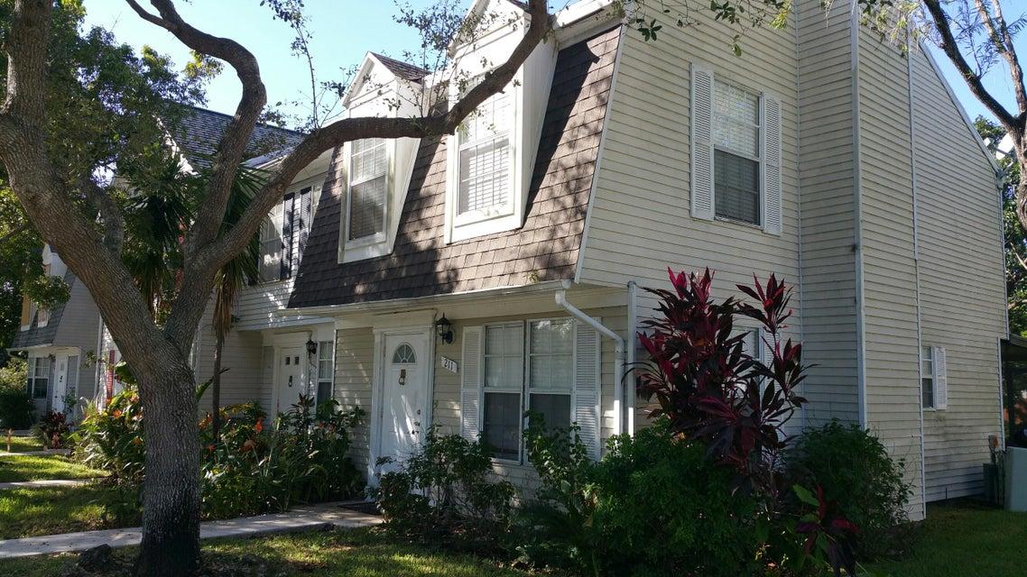 Home for sale in Georgian Park Jupiter Florida