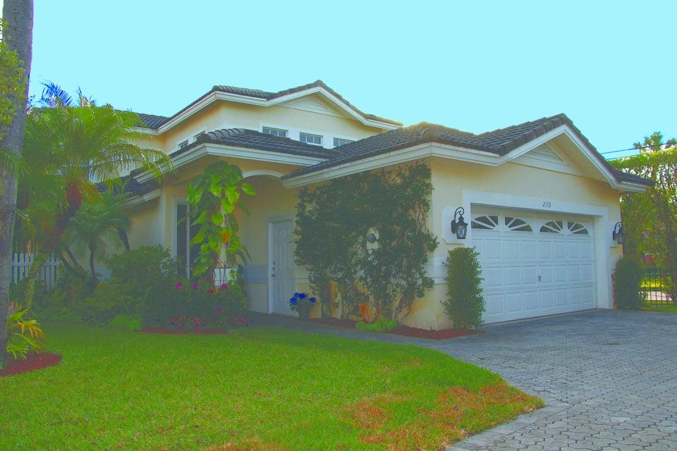 2193 Regents Circle, West Palm Beach, FL 33409