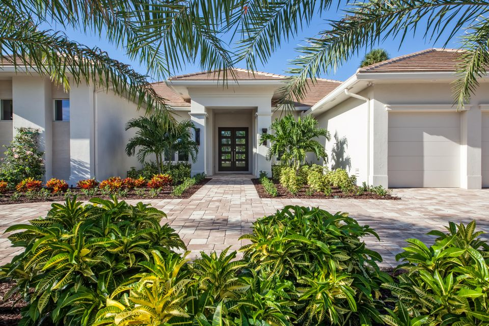 4689 Tree Fern Drive, Delray Beach, FL 33445