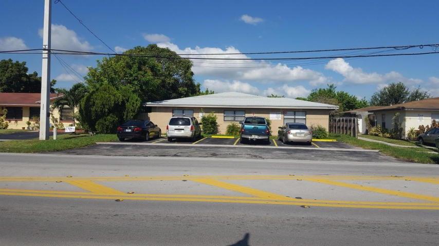 Home for sale in SUNSHINE VILLAS 2ND ADD Lauderhill Florida