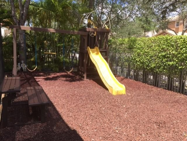 All fenced play area