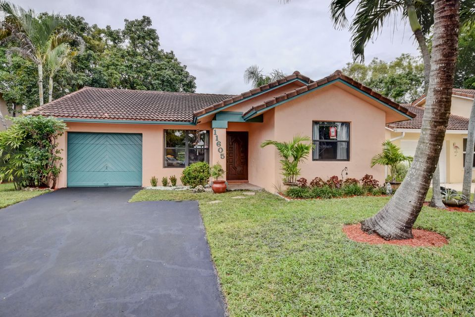Home for sale in CORAL SPRINGS COUNTRY CLUB WEST Coral Springs Florida