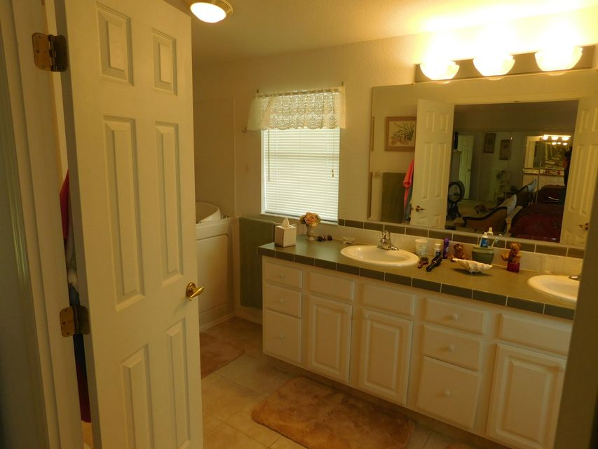 Additional photo for property listing at 3817 Fetterbush Court  Port St. Lucie, Florida 34952 United States