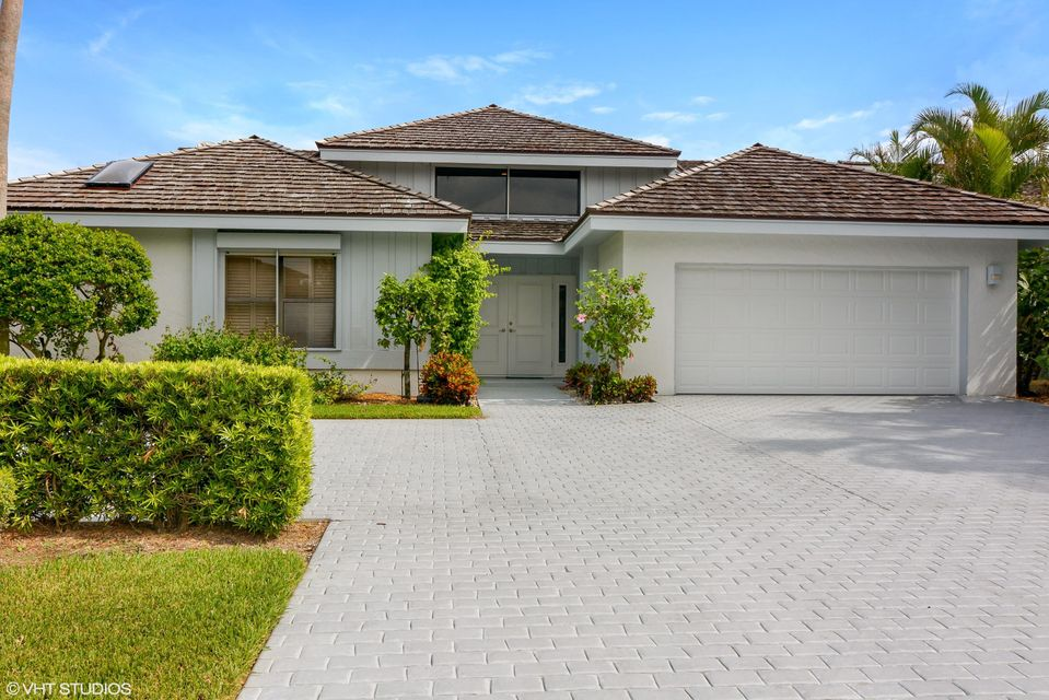 6919 SE Harbor Circle, Stuart, FL 34996