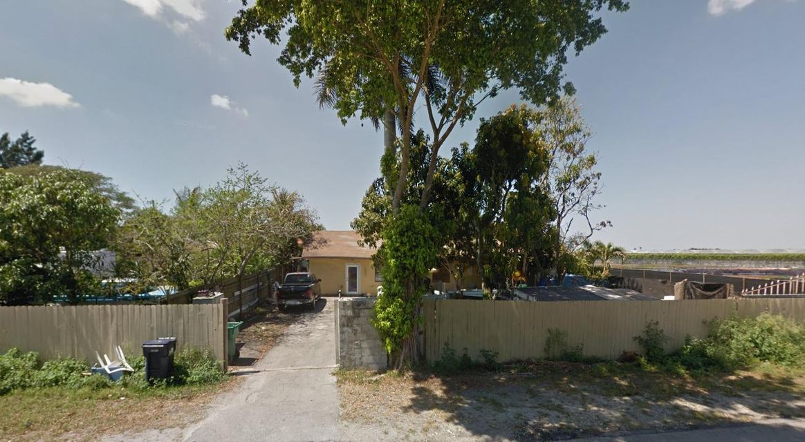 Quadraplex for Sale at 20700 162nd Avenue Miami, Florida 33187 United States