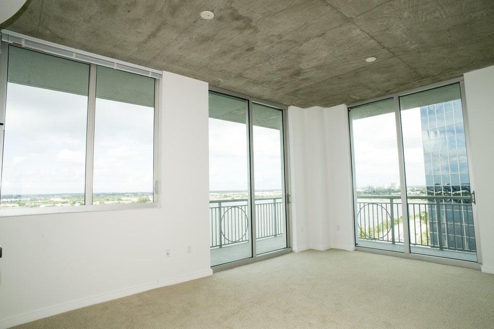Konsum / Eigentumswohnung für Verkauf beim 300 S Australian Avenue West Palm Beach, Florida 33401 Vereinigte Staaten