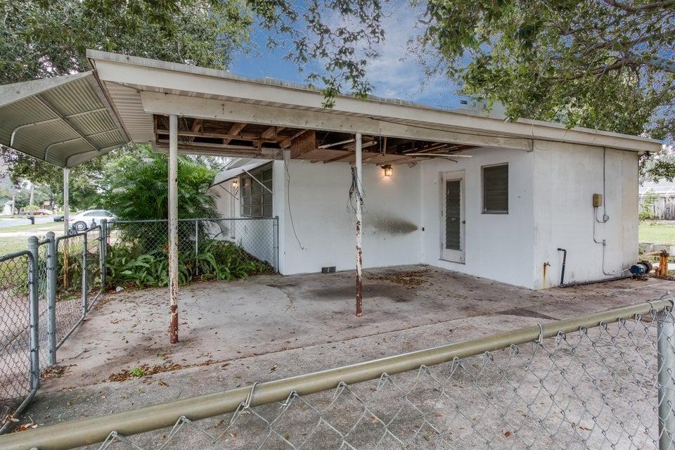 1787 18th n avenue lake worth fl 33460 rx 10279643 in for Garage door repair palm beach gardens