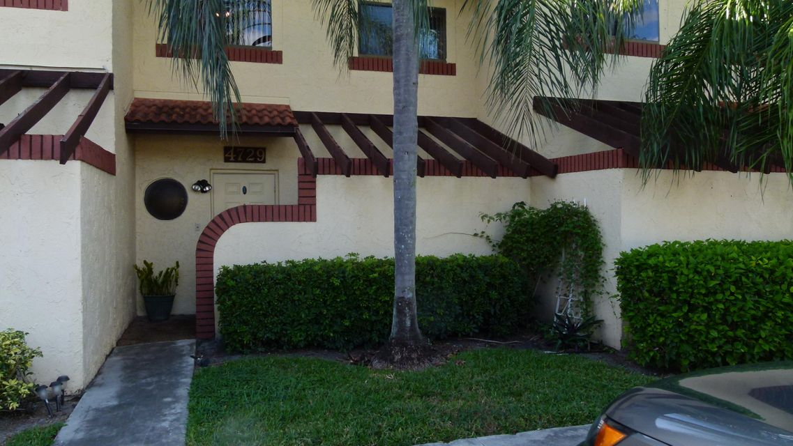 4729 NW 88th Avenue, Sunrise, FL 33351