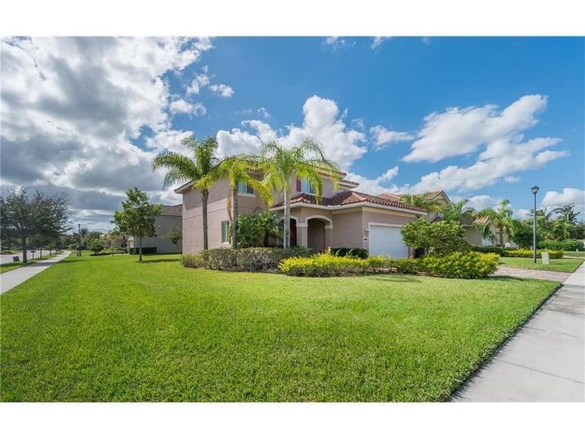 5485 SW Gray Fox Drive, Palm City, FL 34990