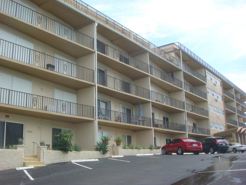 3030 S Ocean Boulevard 103 , Palm Beach FL 33480 is listed for sale as MLS Listing RX-10281128 11 photos