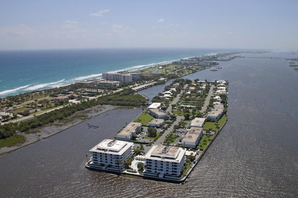 2155 Ibis Isle Road Ph 2, Palm Beach, FL 33480