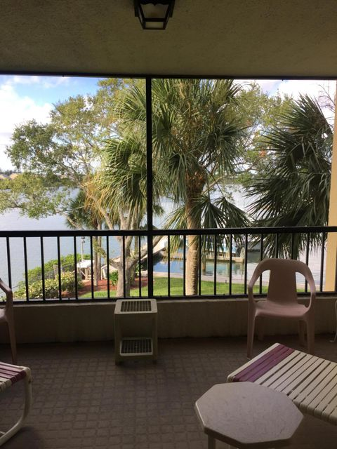 Additional photo for property listing at 1748 Jupiter Cove Drive 1748 Jupiter Cove Drive Jupiter, Florida 33469 Estados Unidos