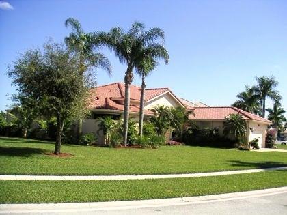 4877 Exeter Estate Lane W, Wellington, FL 33449