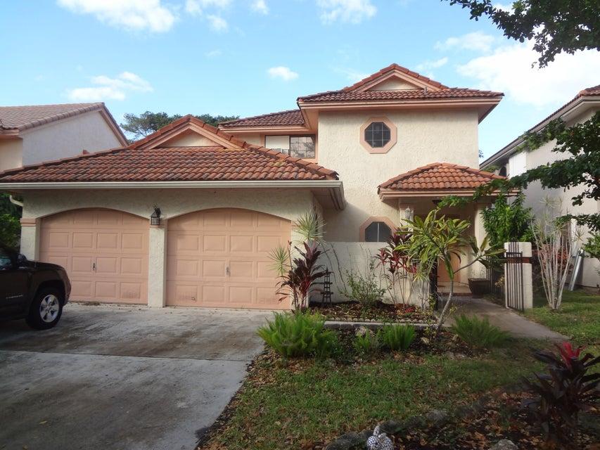 Home for sale in VILLAGES OF HILLSBORO SEC 2 Deerfield Beach Florida