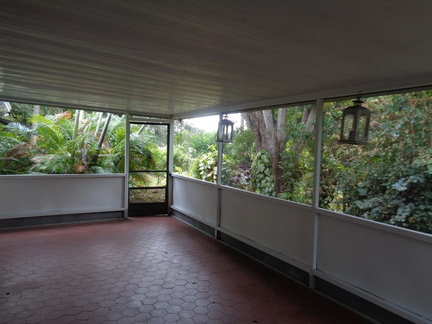 Additional photo for property listing at 1902 NE 3rd Avenue  Delray Beach, Florida 33444 Vereinigte Staaten