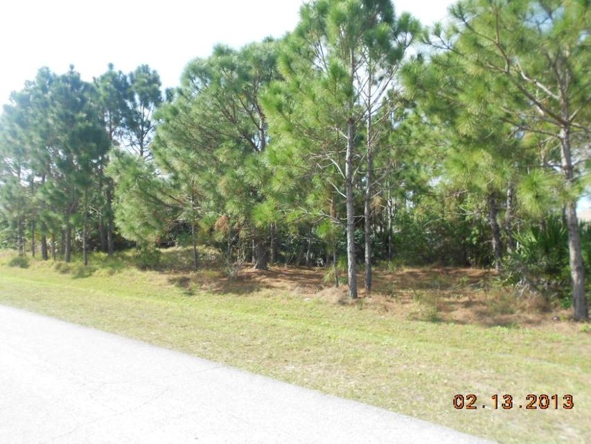 Additional photo for property listing at 1190 SW Broadview Street 1190 SW Broadview Street Port St. Lucie, Florida 34983 États-Unis