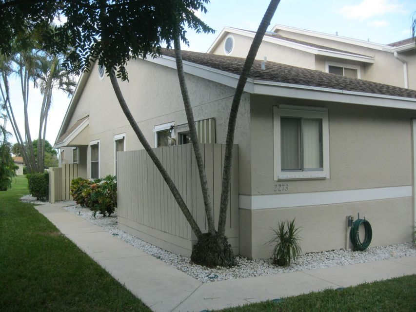 Home for sale in Discovery Pointe Deerfield Beach Florida