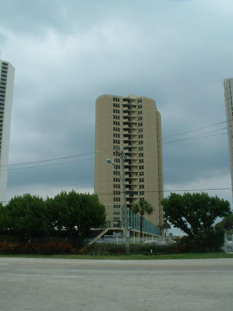 Additional photo for property listing at 2800 N Ocean Drive 2800 N Ocean Drive Riviera Beach, 佛罗里达州 33404 美国