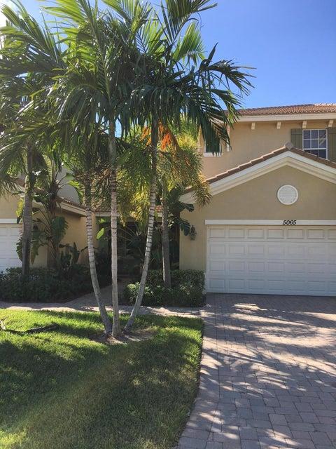 5065 Dulce Court, Palm Beach Gardens, FL 33418