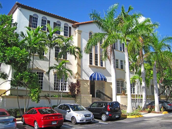 Commercial / Industriel pour l à louer à 370 Camino Gardens Boulevard 370 Camino Gardens Boulevard Boca Raton, Florida 33432 États-Unis