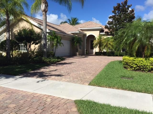 Home for sale in MAGNOLIA BAY Palm Beach Gardens Florida