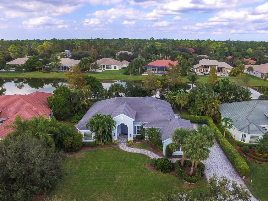 17081 Gulf Pine Circle