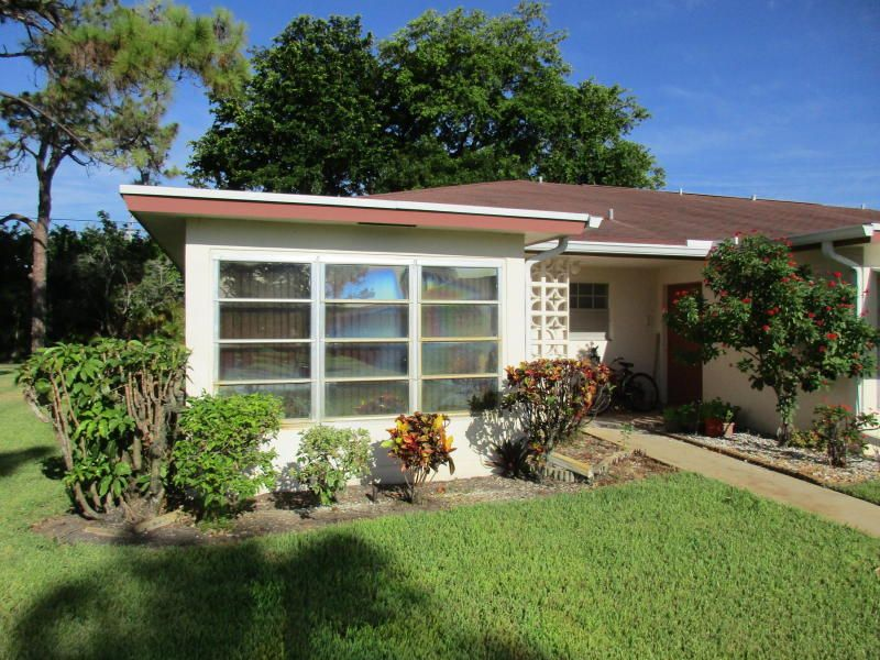 Additional photo for property listing at 5250 NW 3rd Court 5250 NW 3rd Court Delray Beach, Florida 33445 United States