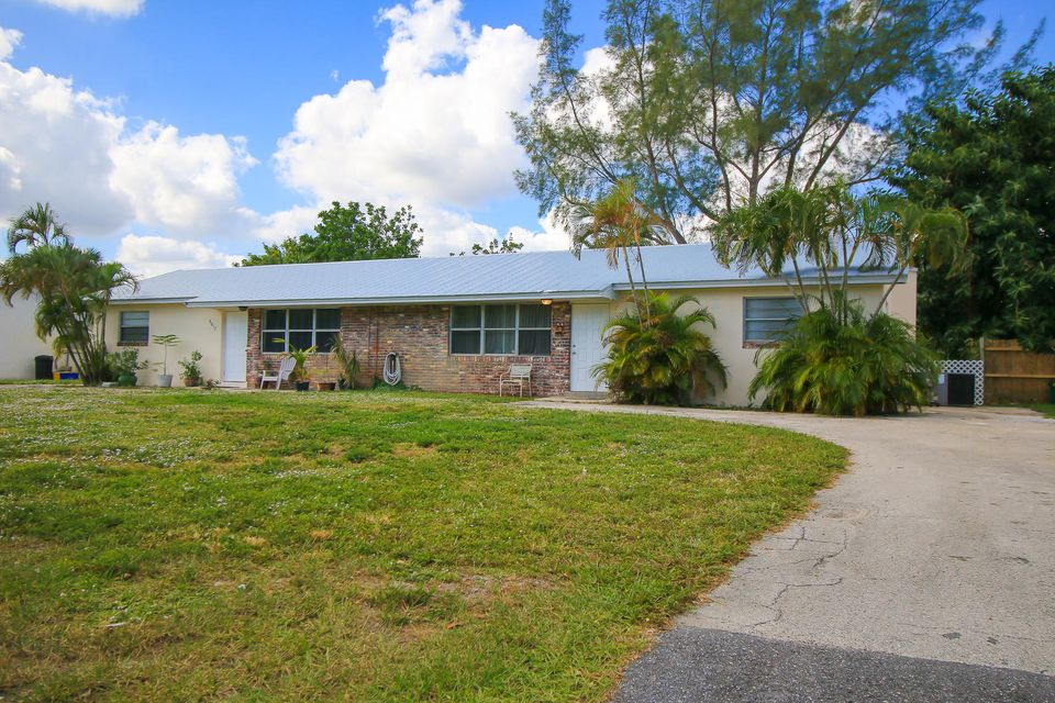 Home for sale in Na Palm Beach Gardens Florida