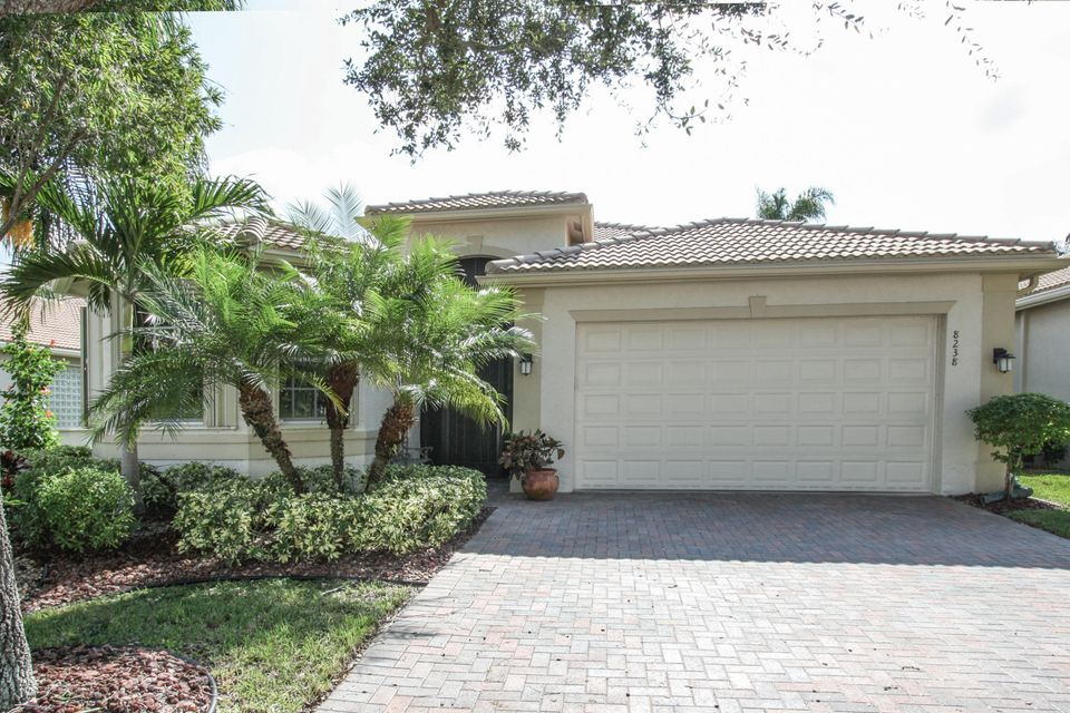 8238 Azure Coast Boulevard, Lake Worth, FL 33467