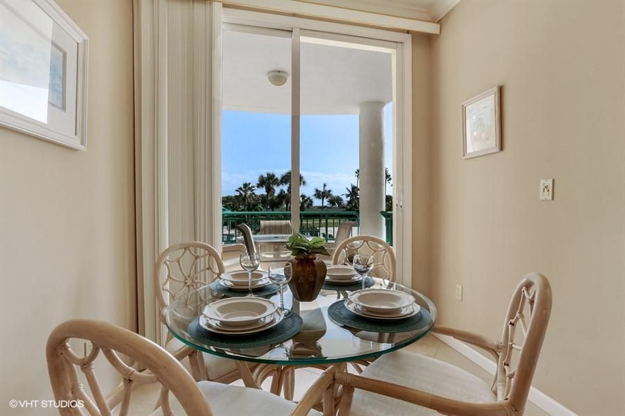 Additional photo for property listing at 2000 Florida A1a 2000 Florida A1a Jupiter, Florida 33477 Vereinigte Staaten