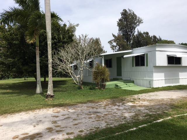 12851 SW 14 Place, Davie, FL 33325
