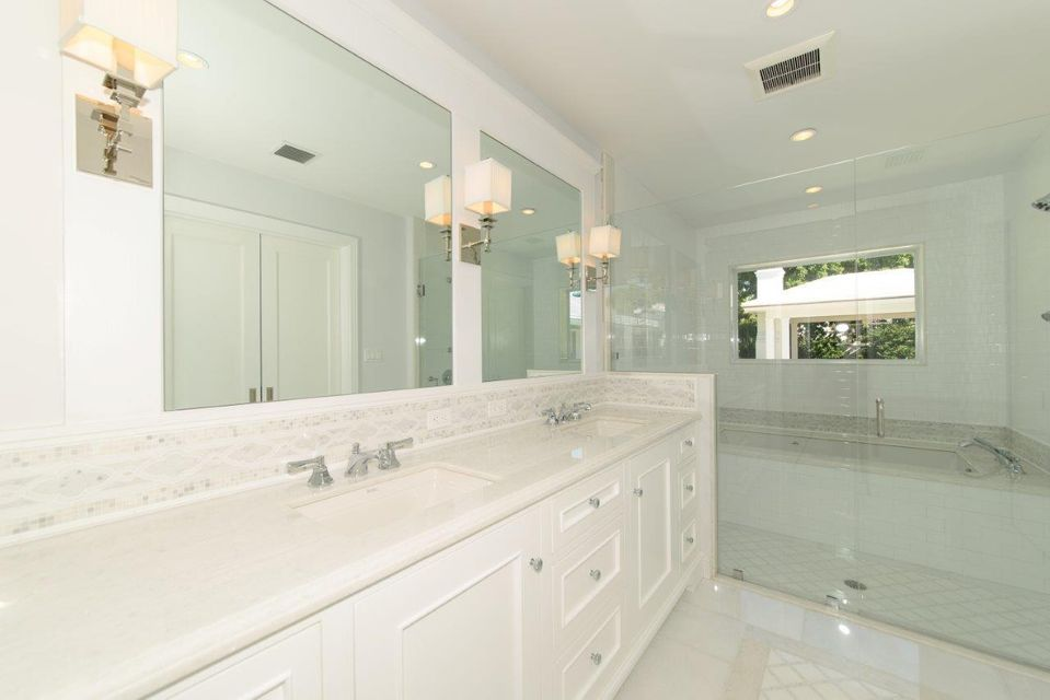 Additional photo for property listing at 211 Caribbean Road 211 Caribbean Road Palm Beach, Florida 33480 United States