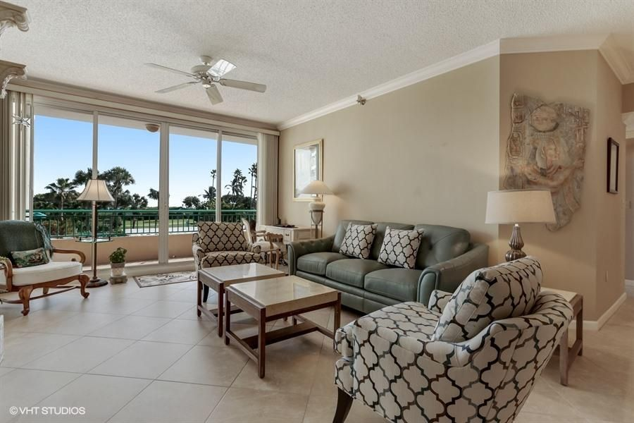 Additional photo for property listing at 2000 Florida A1a  Jupiter, Florida 33477 États-Unis