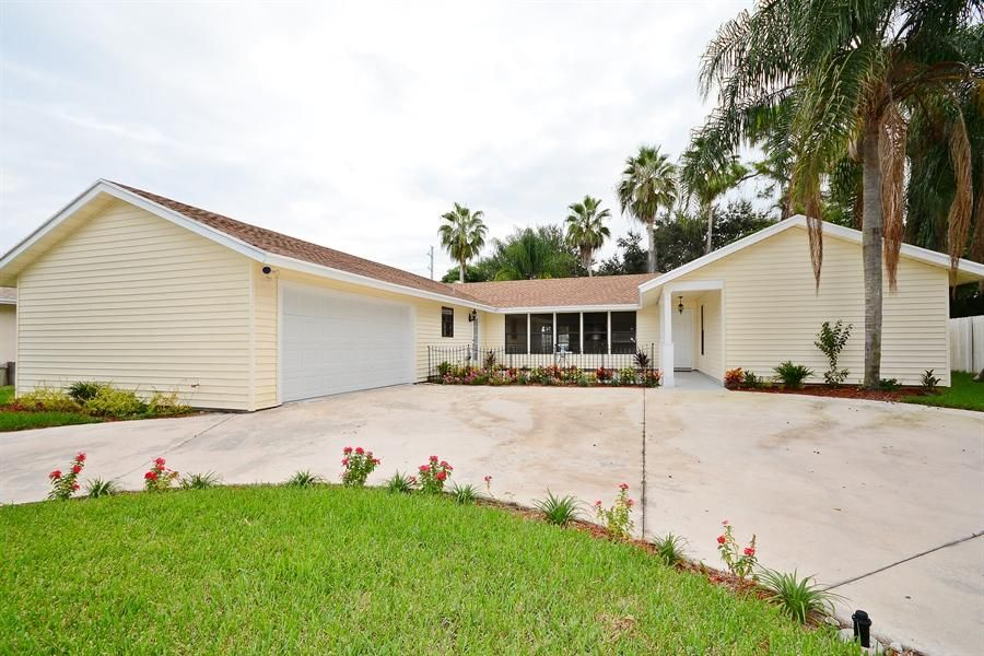 151 Granada Street  Royal Palm Beach, FL 33411